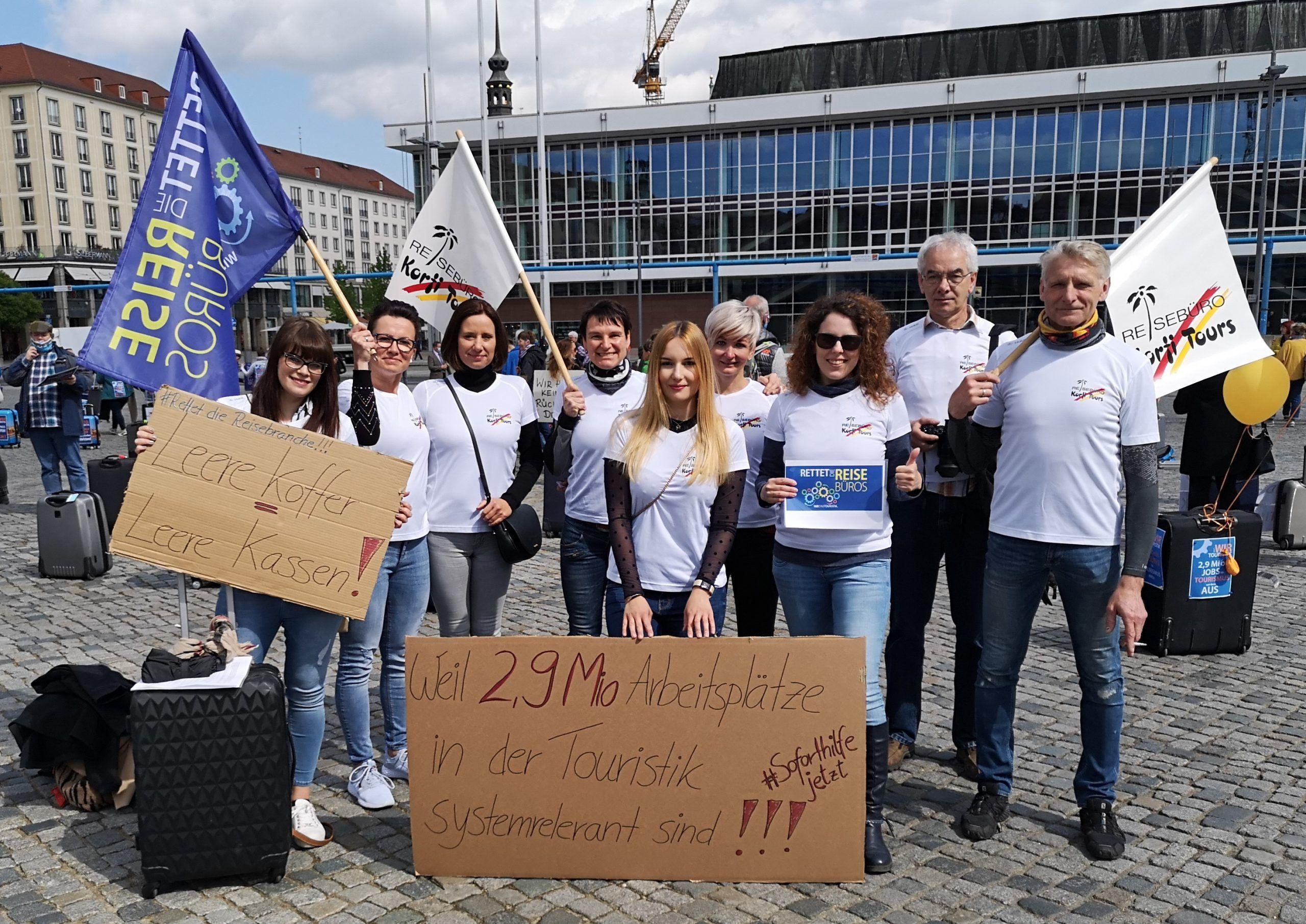 """Corona 2020 - Demonstration der Tourismusbranche """"Rettet die Reisebüros"""""""